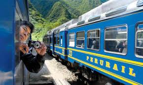 Tren Local a Machu Picchu